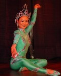 Hand dancer