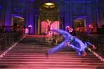 Blu Dreamers acrobatics with Opera Diva