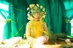 Green fortune teller