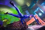 Blu Dreamers - Acrobatics