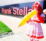 Balloon girl at Frank Steller event at de Young Museum