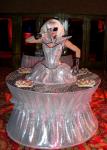 Strolling Table: Lady Gaga