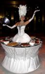 Strolling Table: White Queen